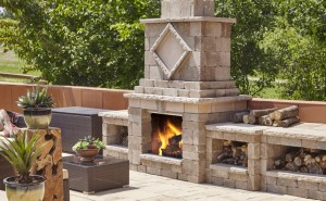 Techo-Bloc Manchester Foyer Fireplace